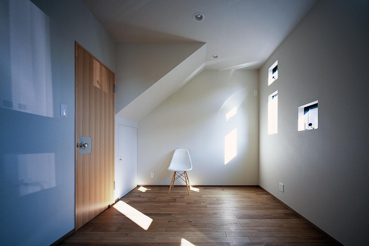 KAMIYASU HOUSE