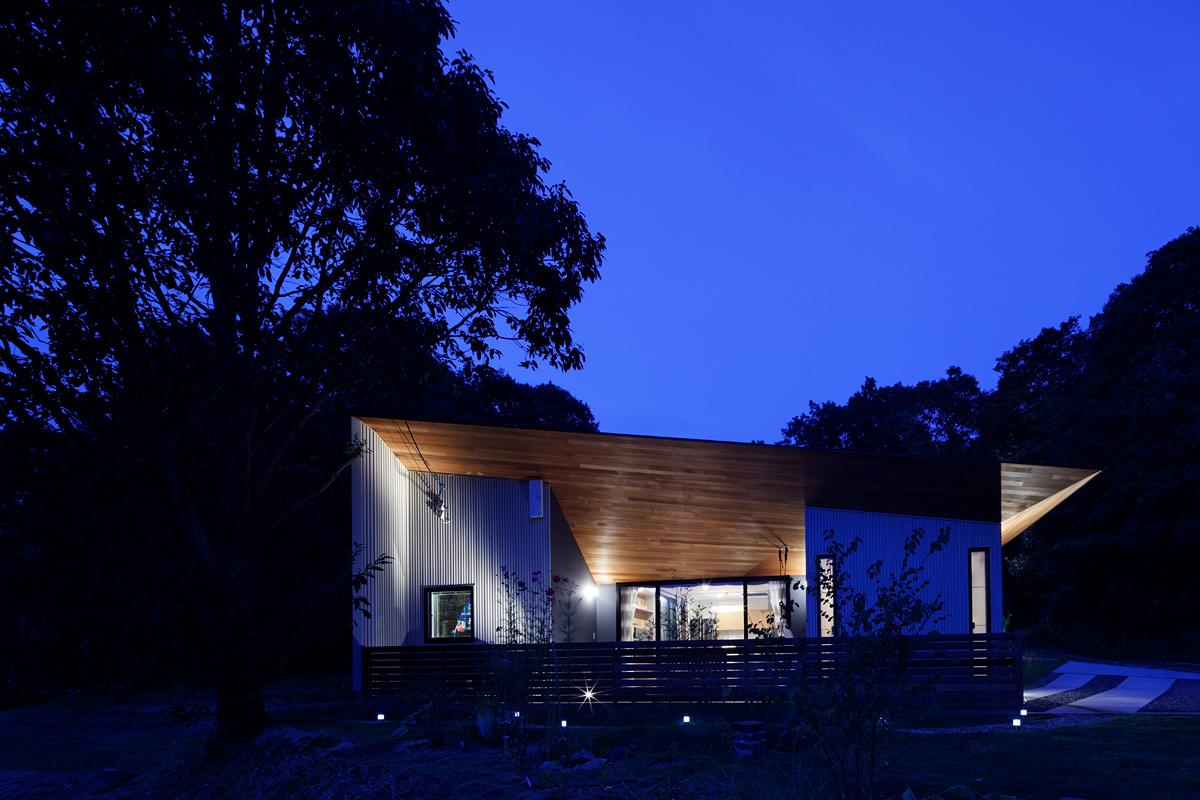 COROSUKE HOUSE